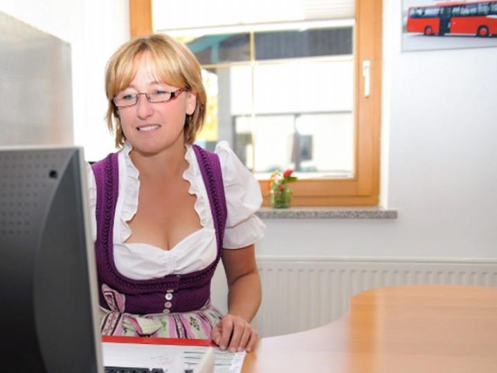 Lore Kellner Bus Schwaiger